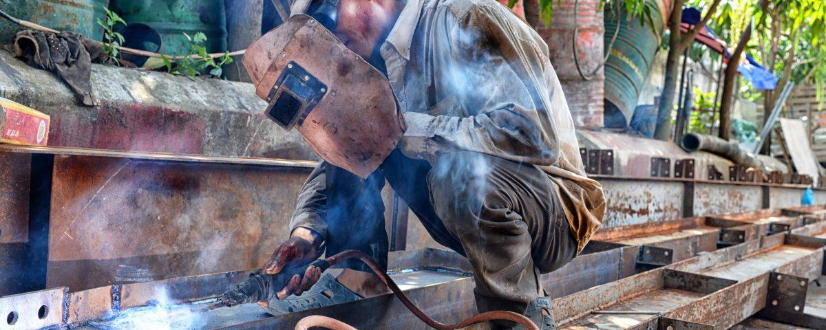 Czym przyciągnąć do firmy odpowiedzialnych i wydajnych pracowników